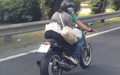 130707-unterwaesche-motorrad